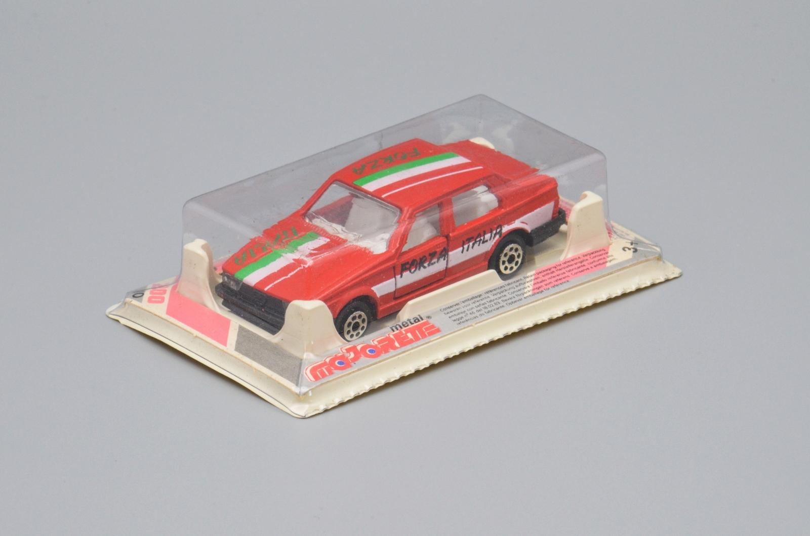 N°271 Alfa 75 0110