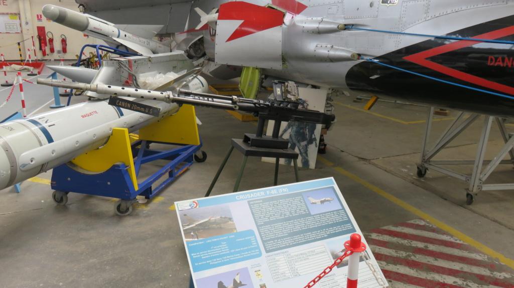 [ Les Musées en rapport avec la Marine ] Musée de l'Aeronautique Navale de Rochefort - Page 15 Canon_16