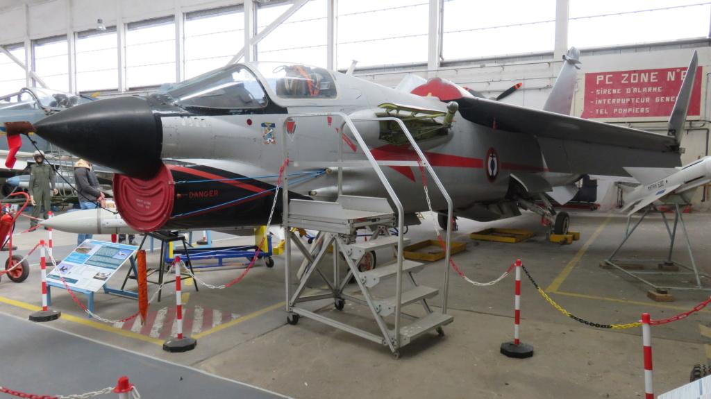 [ Les Musées en rapport avec la Marine ] Musée de l'Aeronautique Navale de Rochefort - Page 15 Img_2211