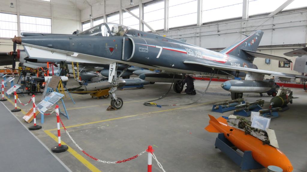 [ Les Musées en rapport avec la Marine ] Musée de l'Aeronautique Navale de Rochefort - Page 15 Img_2217