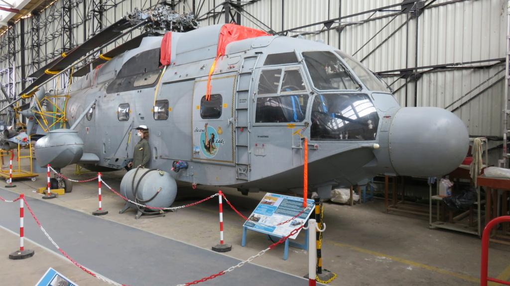 [ Les Musées en rapport avec la Marine ] Musée de l'Aeronautique Navale de Rochefort - Page 15 Super_10
