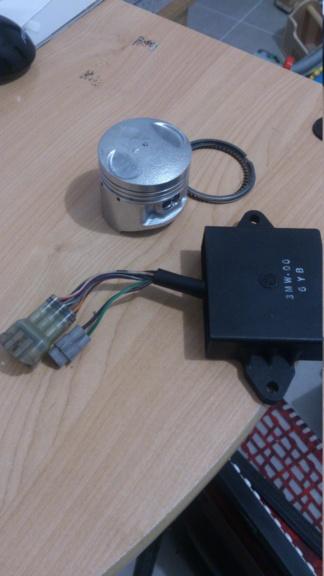 Boitier CDI 1998 et cylindre neuf 58mm Dsc_0111