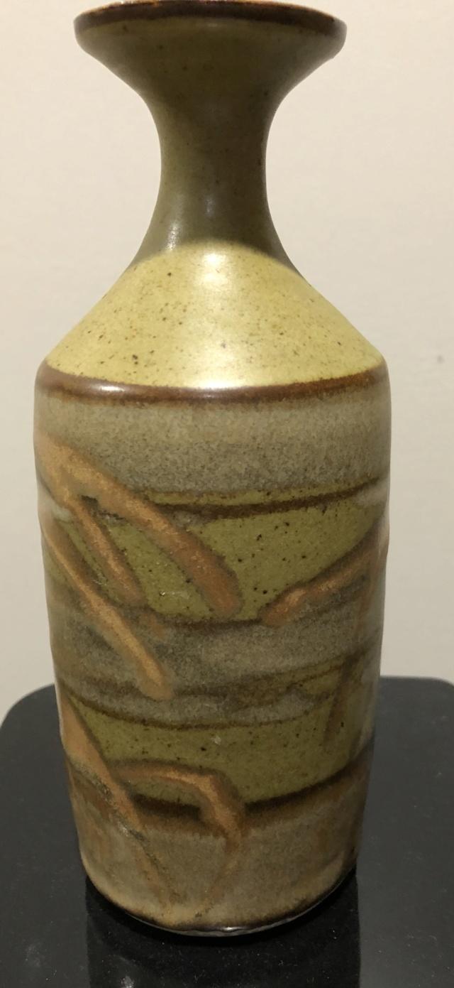 Studio Vase Double Impressed Marks, EP mark? 4933e510