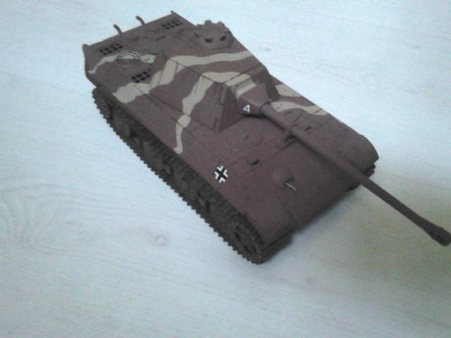 [AMUSING HOBBY] Panzerkampfwagen V PANTHER II rRéf 35A040  Dsc_6510