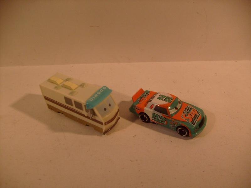 mes autres Cars 1 , 2 , 3 et Planes !!! toutes marques et matieres S7306263
