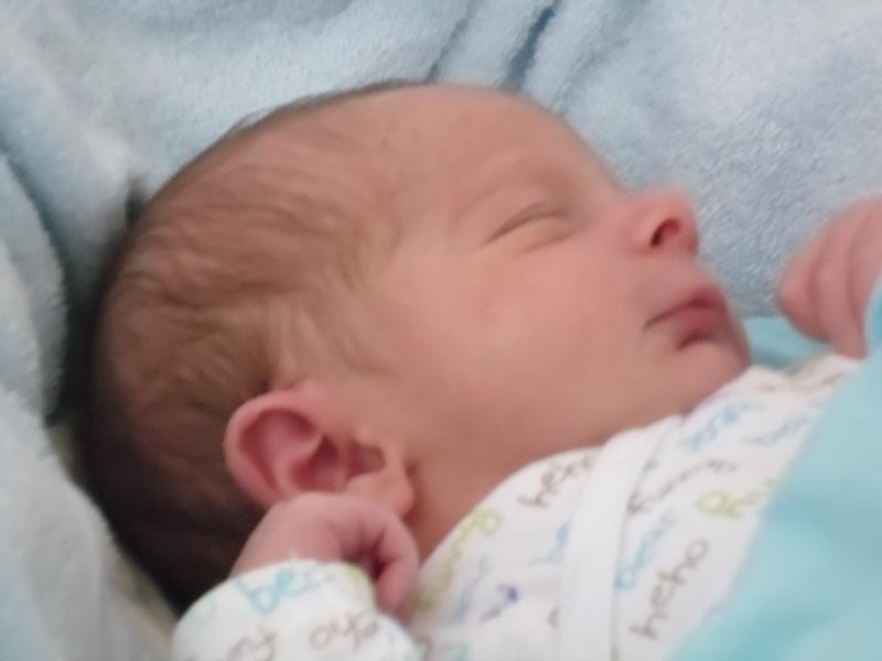 Warren est né! Sam_0111