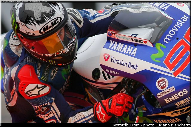 MOTO GP les photos - Page 11 014ara10
