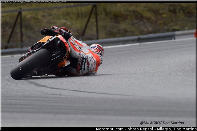 MOTO GP les photos - Page 10 Marque11
