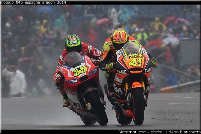 MOTO GP les photos - Page 11 Motogp36