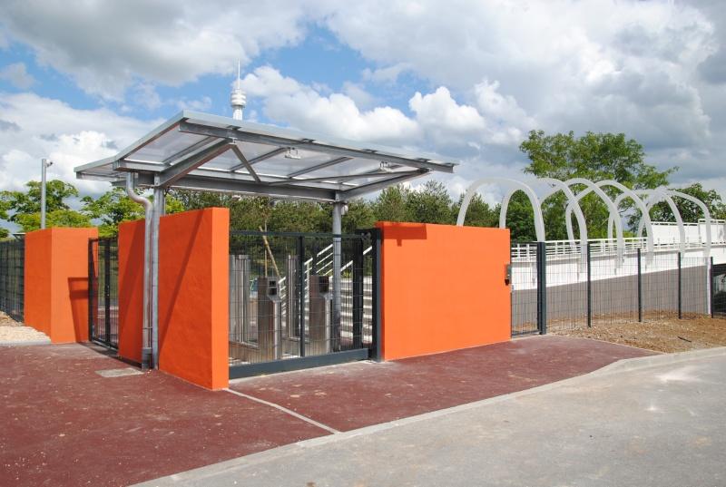 Nouvelle passerelle d'accès Parc - Hôtel du Futuroscope - Page 3 Dsc_0110