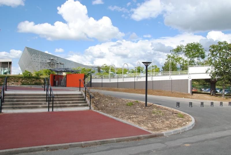 Nouvelle passerelle d'accès Parc - Hôtel du Futuroscope - Page 3 Dsc_0111
