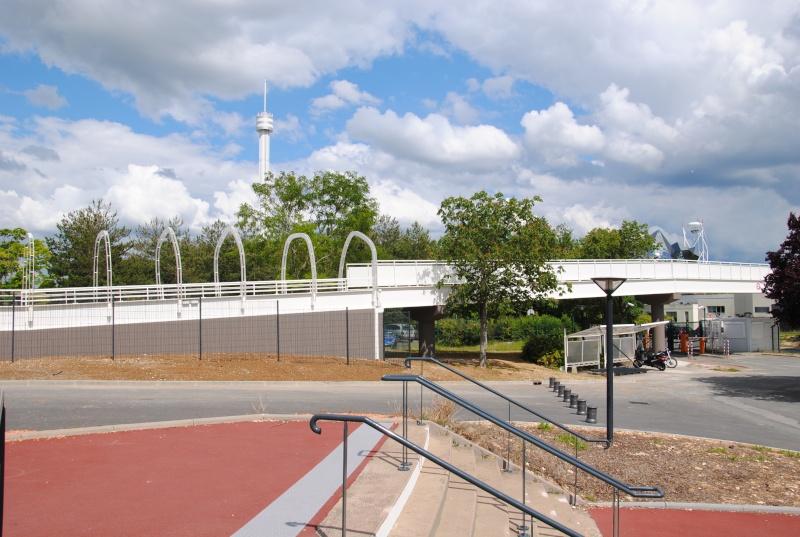 Nouvelle passerelle d'accès Parc - Hôtel du Futuroscope - Page 3 Dsc_0112