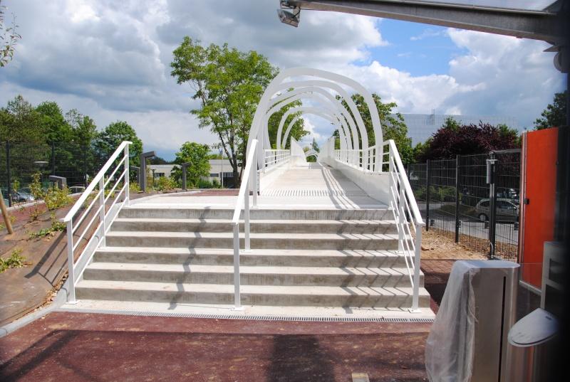 Nouvelle passerelle d'accès Parc - Hôtel du Futuroscope - Page 3 Dsc_0113