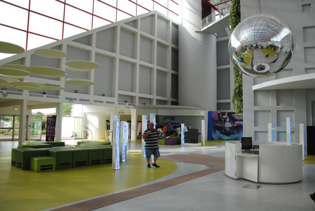 La Cité du Numérique (Pavillon du Futuroscope) – 2002-2014 - Page 33 Dsc_0130