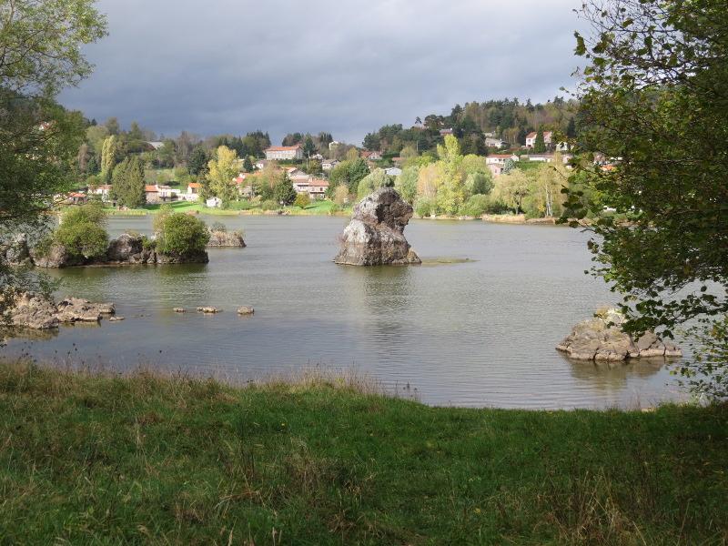 Chadka et Yocco au Lac de La Cassière 12_lac10