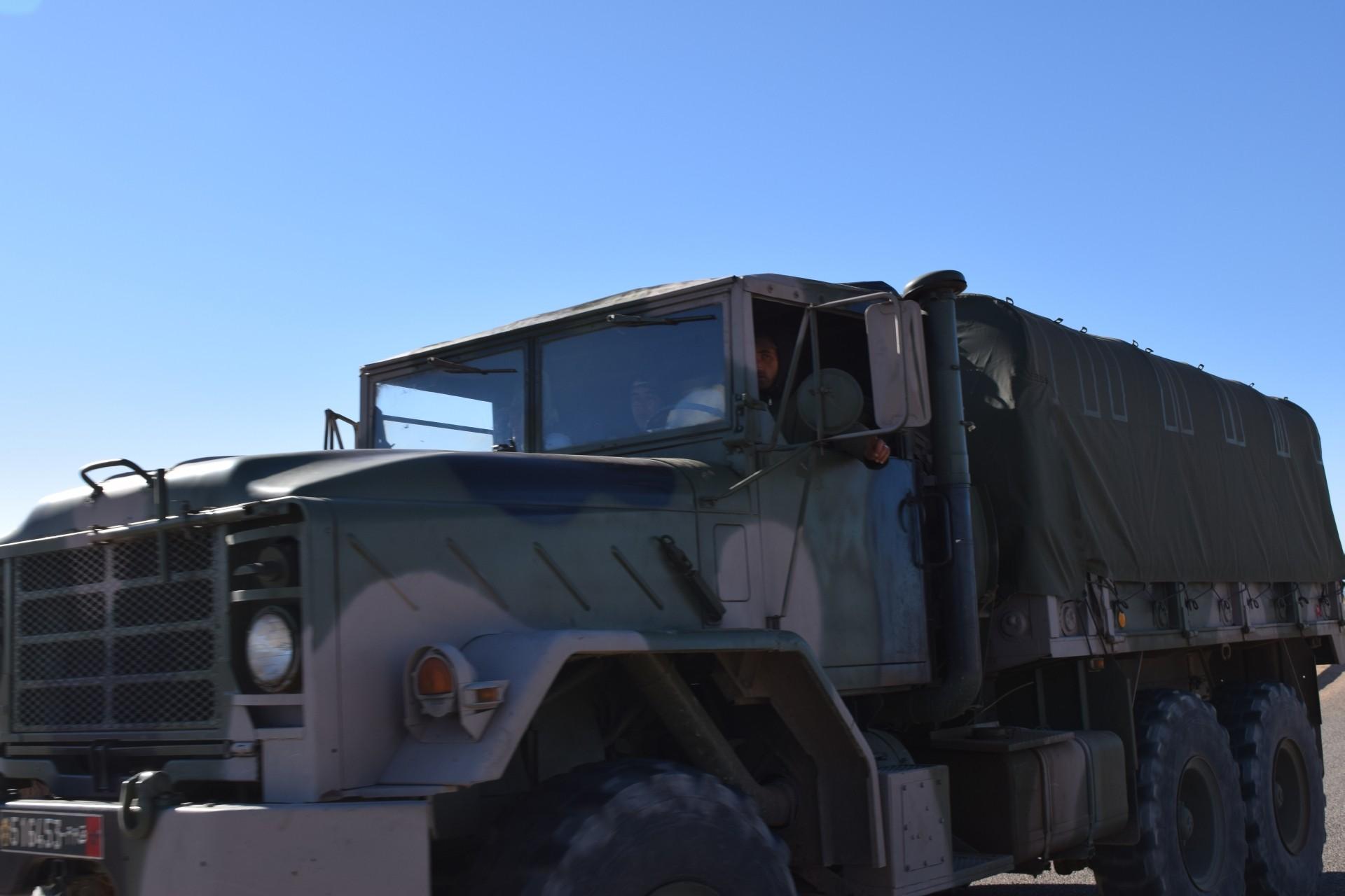 Photos - Logistique et Camions / Logistics and Trucks - Page 4 Clipbo33