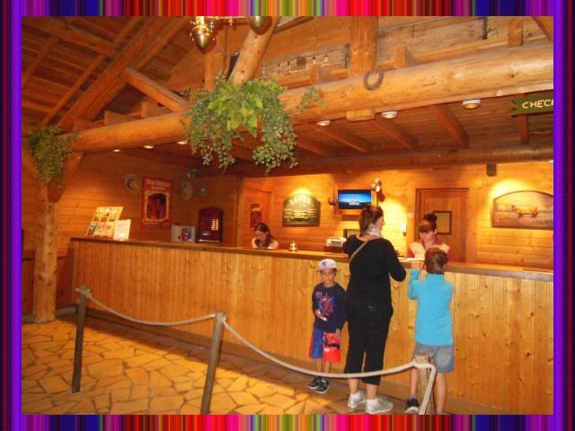 Disney's Hôtel Davy Crockett - Page 37 Recept12