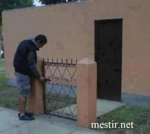 fermer la porte à clef Porte10