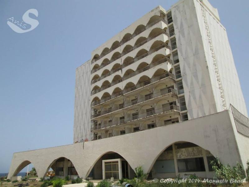 Travaux à l'hôtel de Sidi Mansour  Sidi310