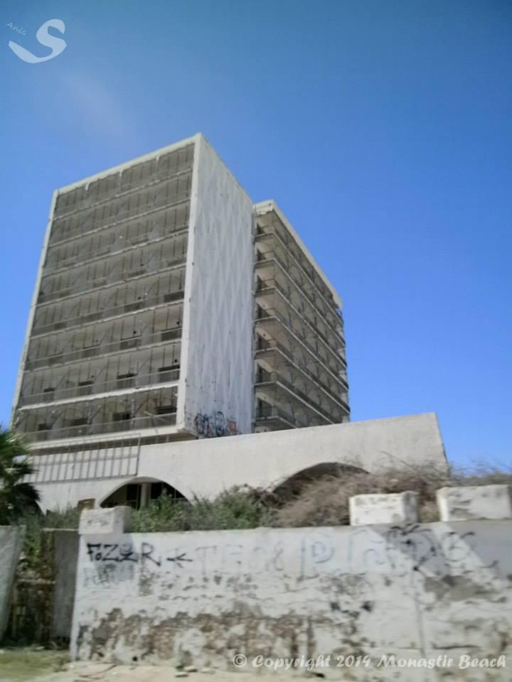 Travaux à l'hôtel de Sidi Mansour  Sidi410