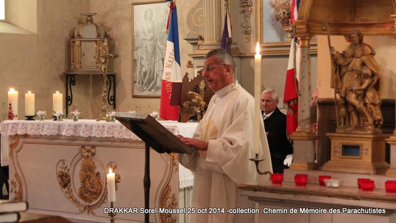 Pâques 2012 : Padre Yannick Lallemand, une promotion méritée dans l'Ordre de la Légion d'honneur 004-im10