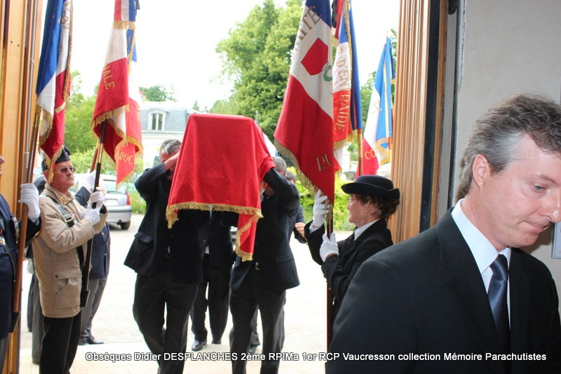 Le Lt Colonel (h) Didier DESPLANCHES  BP 115 078, commandeur de la légion d'honneur est décédé le 28 mai dans sa 81éme annnée. Img_2512