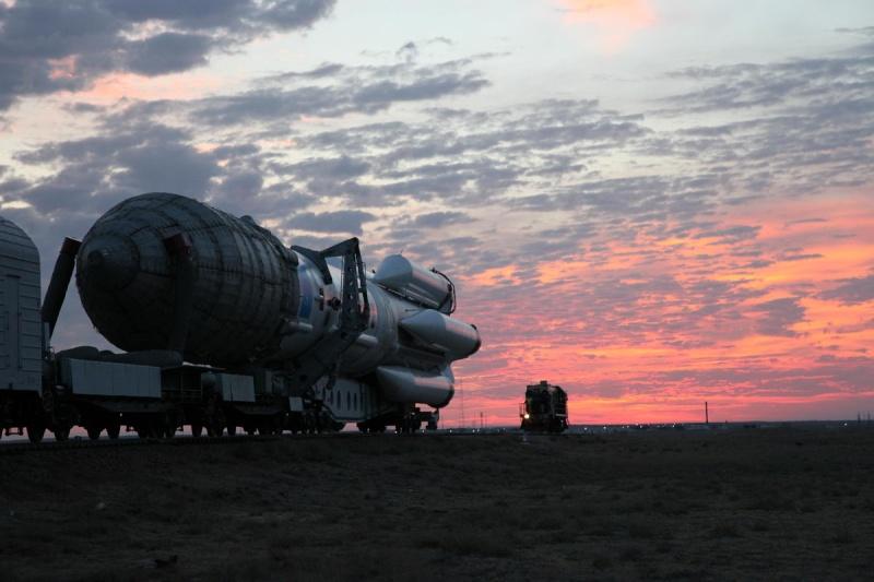 Proton-M (Loutch) - 27.09.2014 24503010