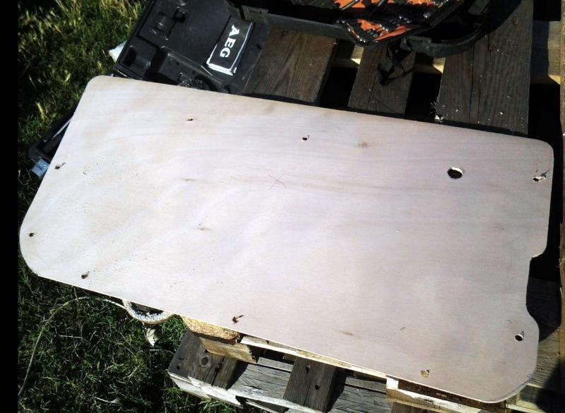 Restauration panneaux de portes CJ7 Pannea14