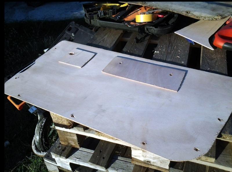 Restauration panneaux de portes CJ7 Pannea15
