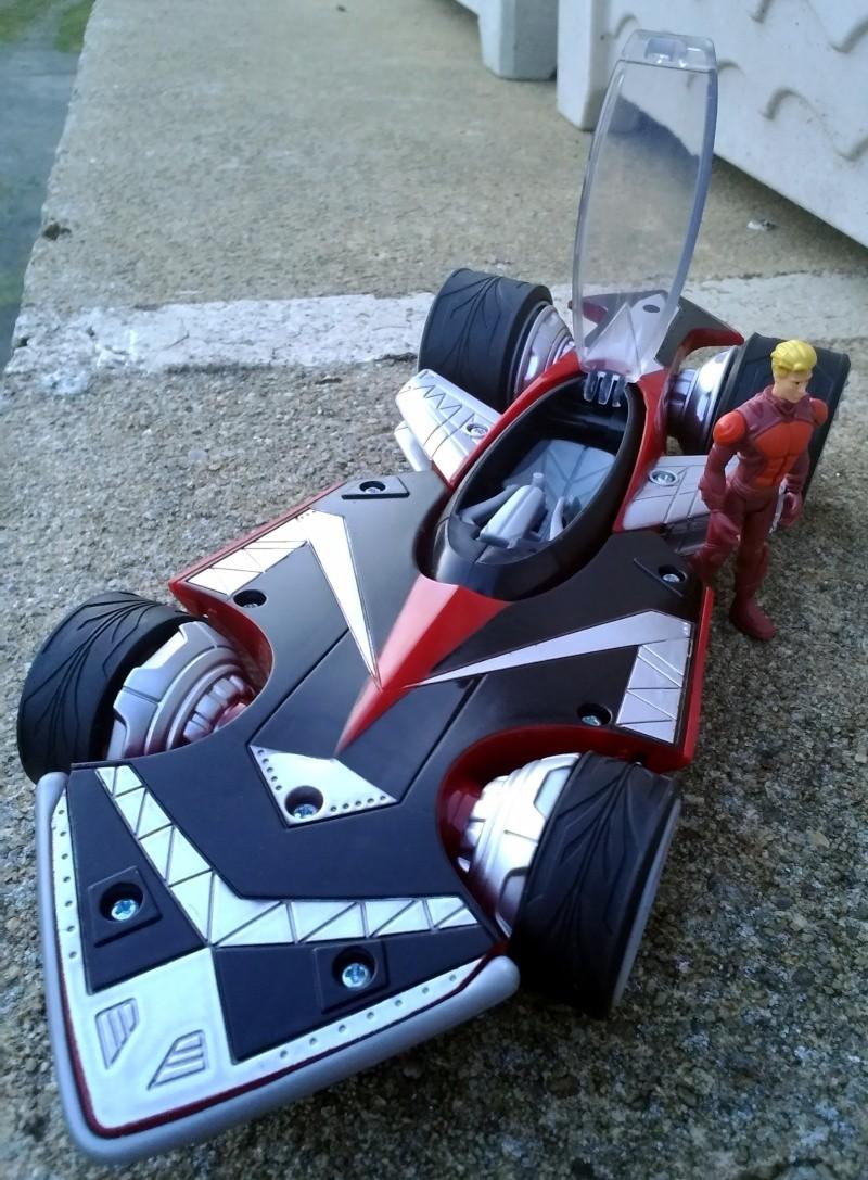 Hot Wheels Battle Force 5 Saber (Flippers + MASK) P_201413