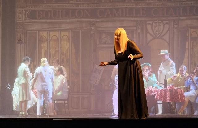 Opera Royal de Wallonie - Page 7 Manon_10
