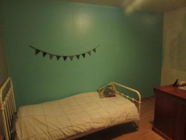 chambre garçon (bleu turquoise/taupe)  10620710