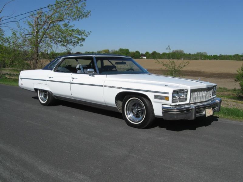 VENDUE : Buick Electra Limited Park Avenue 4 portes hard-top 1976 Annonc10