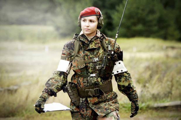 Personnel d'Icarus (en dehors des agents actifs) Anna_h10