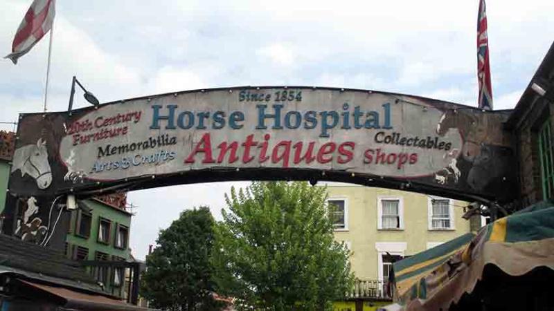 De qui sont ces chevaux de bronze? A-img_10