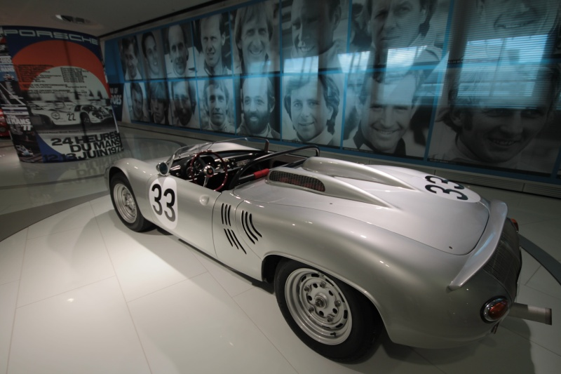 Porsche Museum 08/2014 - De jolis derrières  Img_6220