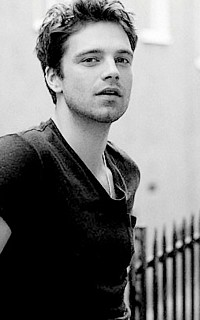 Sebastian Stan #019 avatars 200*320 pixels Sebs1210
