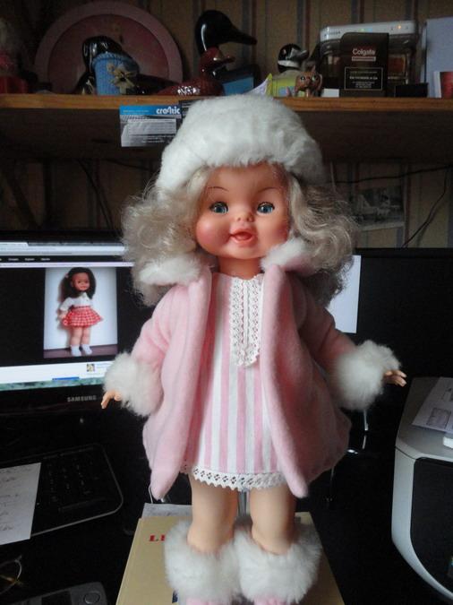 Couture pour mes poupées et celles de mes amies Dsc03112