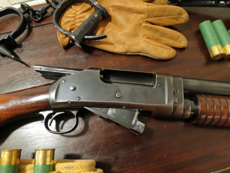 Winchester Model 1897 Img_4218
