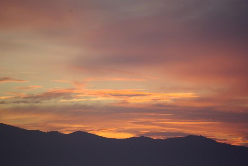 ciel au couleur d'automne.... Imgp9811