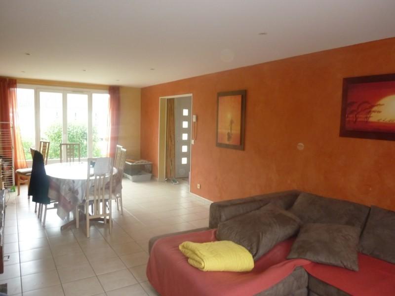 Conseil couleur des murs pour salon Salon510