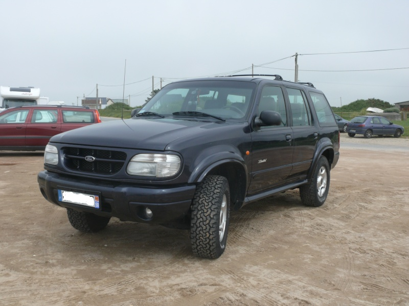 FORD Explorer Limited 4x4 V6 4.0 millésime 2000 CT OK  Web1010