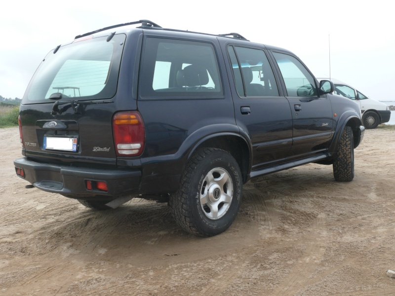 FORD Explorer Limited 4x4 V6 4.0 millésime 2000 CT OK  Web1110