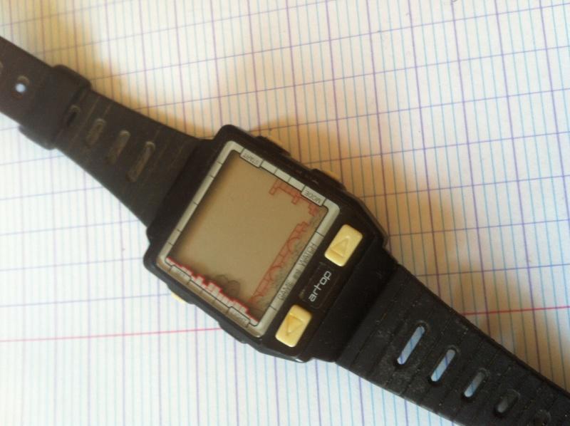 Recherche  info sur montre avec jeux année 80 Img_2410