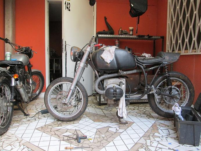 R 60 / 7.... - Page 4 Img_0321