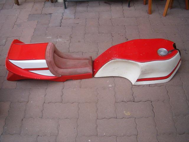 BIMOTA KIT POUR HONDA SOHC  Hpim4539