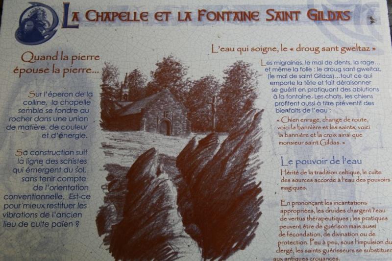 Cast : chapelle et fontaine Saint Gildas Explic10