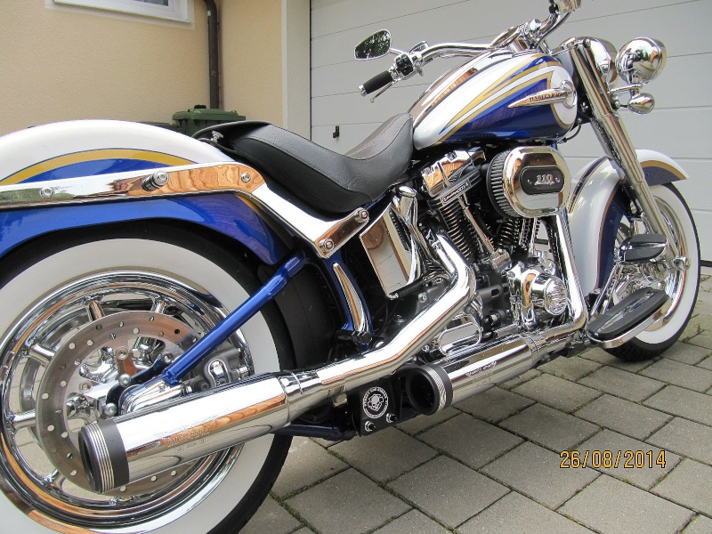 CVO Softail Deluxe 2014 Candy Cobalt: the Blue Diamond - Page 7 Img_2025