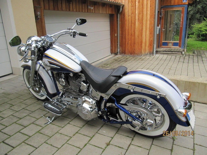 CVO Softail Deluxe 2014 Candy Cobalt: the Blue Diamond - Page 7 Img_2026