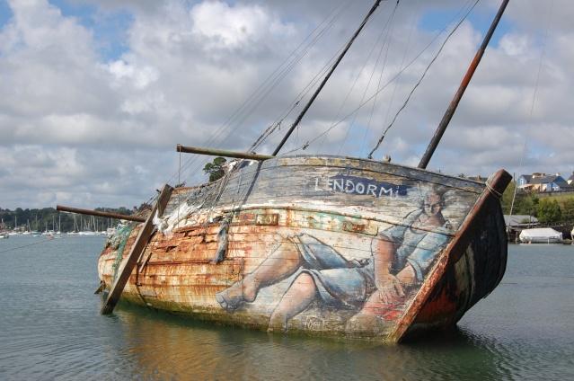 cimetierre de bateaux ;landevennec '(presque'ile de crozon) Ar10
